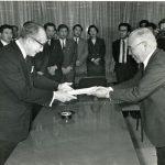 昭和43年、朝鮮大学校を各種学校として認可したのは、当時都知事だった美濃部亮吉