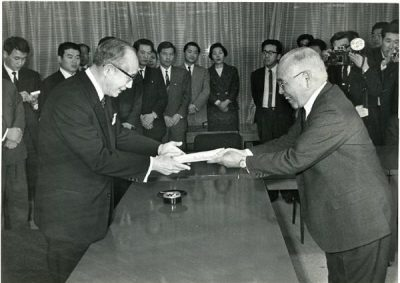 昭和43年、朝鮮大学校を各種学校として認可したのは、当時都知事だった美濃部亮吉氏