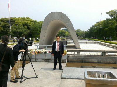 平成28年5月27日、鈴木信行は広島に行った。