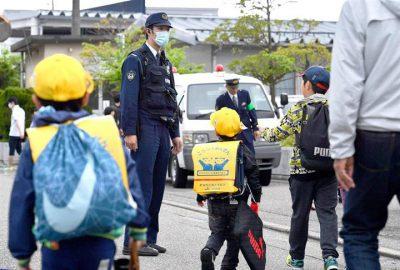 犯罪者の人権より子供の安全 !