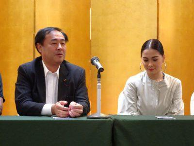 マハの来日記者会見で鈴木に対して「外国人労働者」についての質問があった。