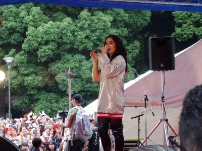 フィリピンのスーパーアイドルMaja Salverdor(マハ・サルバドール)のステージ